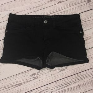Girls vanilla star black denim shorts